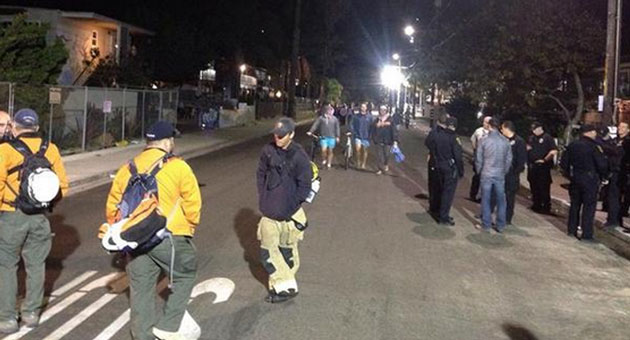 isla vista halloween street party quietly gives up the ghost with few on hand to see it - Uc Santa Barbara Halloween