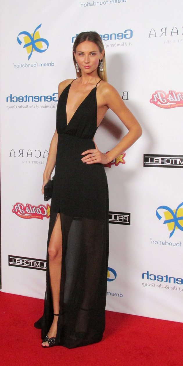 Model Ludi Delfino on the red carpet.
