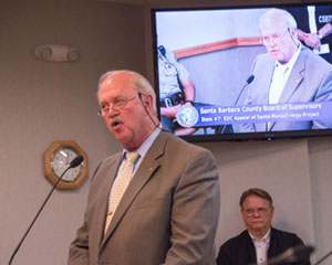 GoletaCity Councilman Michael Bennett addresses the Board of Supervisors during its appeal hearing on the Santa Maria Energy oil-development project. (Frank Cowan / Noozhawk photo)