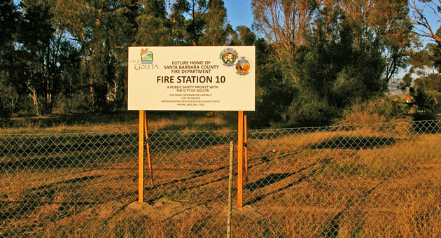 The City of Goleta recently put up a sign marking the site of the future Santa Barbara County Fire Station 10, which will serve western Goleta. (Tom Bolton / Noozhawk photo)