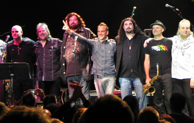 The Alan Parsons Live Project headlined a benefit concert Saturday night at the Lobero Theatre for the United Boys & Girls Clubs of Santa Barbara County.