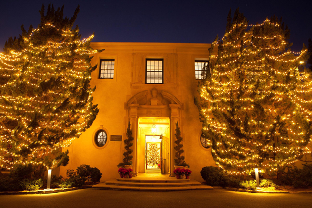 <p>Westmont College&#8217;s Kerrwood Hall, Christmas 2011.</p>