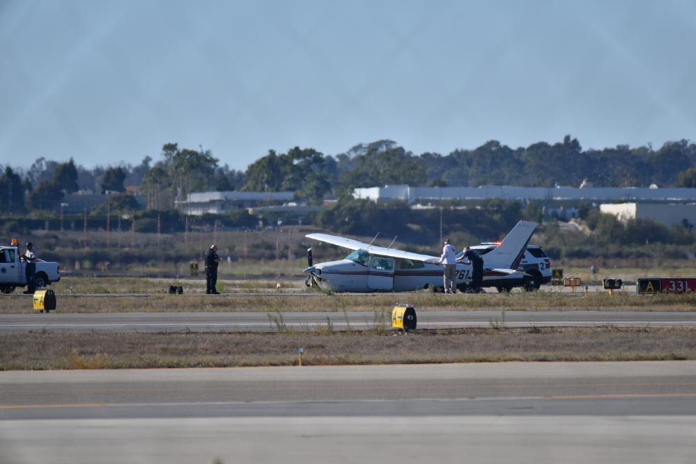 A plane that didn't deploy landing gear makes hard landing at Santa Barbara Airport Thursday afternoon.