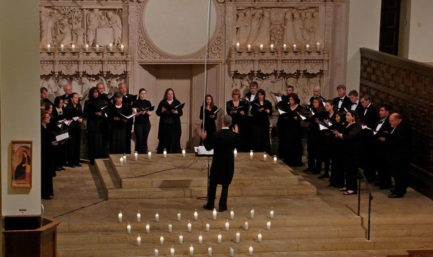 The Santa Barbara Quire of Voyces, under the direction of Nathan Kreitzer, will perform its Mysteries of Christmas concert Dec. 14-16 at St. Anthony's Sanctuary. (Santa Barbara Quire of Voyces photo)