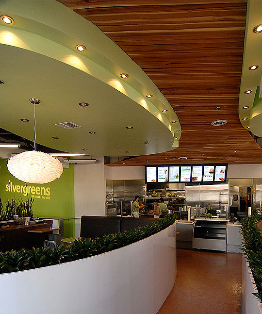 Silvergreens' new downtown location in Paseo Chapala is serving up healthy food that more than satisfies the restaurant's