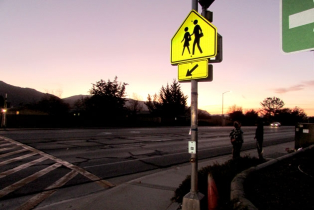 Neighbors say this Buellton intersection of Highway 246 and La Lata Drive is at cross purposes with pedestrian safety. (Janene Scully / Noozhawk photo)