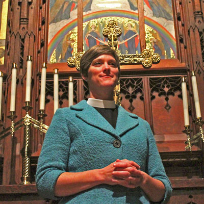 TheRev.AiméeEyer-Delevett delivered her first sermon at All Saints By-the-Sea Episcopal Church on Dec. 7. (Joshua Molina / Noozhawk photo)