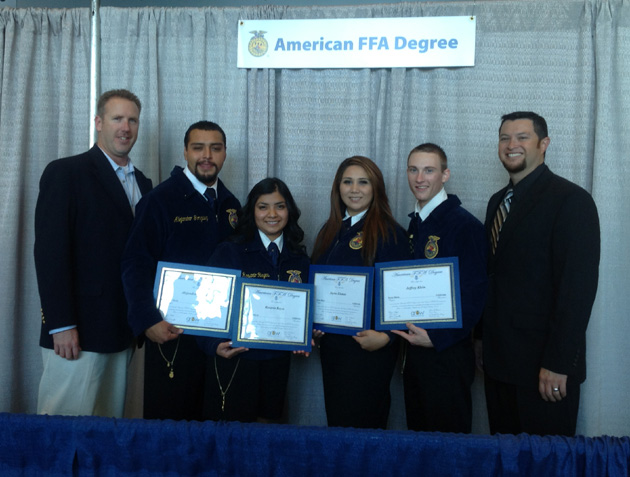 <p>Santa Maria High School Future Farmers of America students accept the National Chapter Award during the 85th National FFA Convention in Indianapolis.</p>
