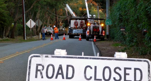 Southern California Edison crews were out in force Dec. 28 to make repairs along the East Valley Road crash course. (Colin Macfadyen / Noozhawk photo)