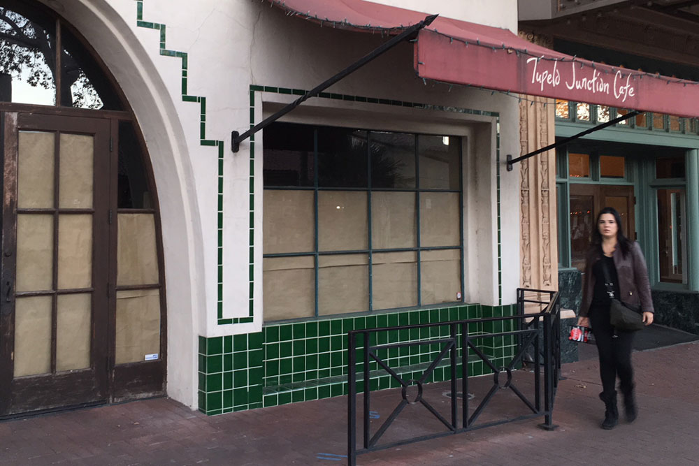Tupelo Junction at 1218 State St. in downtown Santa Barbara is among many local restaurants that closed their doors in 2017.
