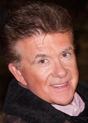 Alan Thicke made for a grand marshal at Santa Barbara's Downtown Holiday Parade in 2014. (Fritz Olenberger file photo / www.olenberger.com)