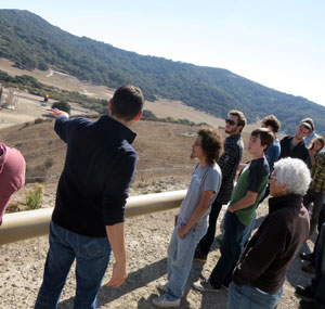 Kevin Yung, vice president of operations at Santa Maria Energy, outlines the company's operation for a group of Santa Barbara City College students on a recent site visit. (Gina Potthoff / Noozhawk photo)