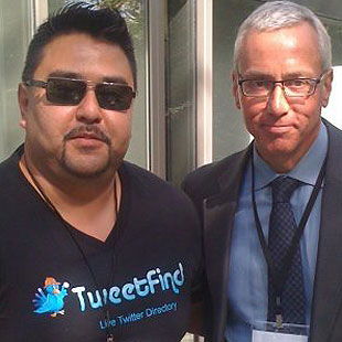 TweetFind founder Ruben Orozco, left, hanging with Drew Pinsky M.D., better known as Dr. Drew, who dispenses advice on celebrity rehab and relationships.