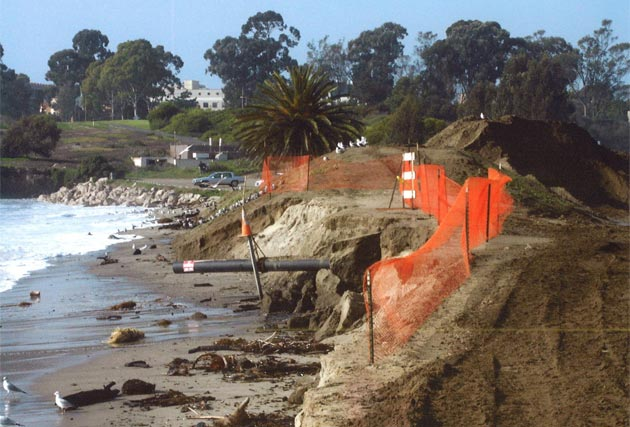 El Nino storms took their toll on Goleta Beach Park in a file photo from Jan. 1, 2002. (Friends of Goleta Beach Park photo)