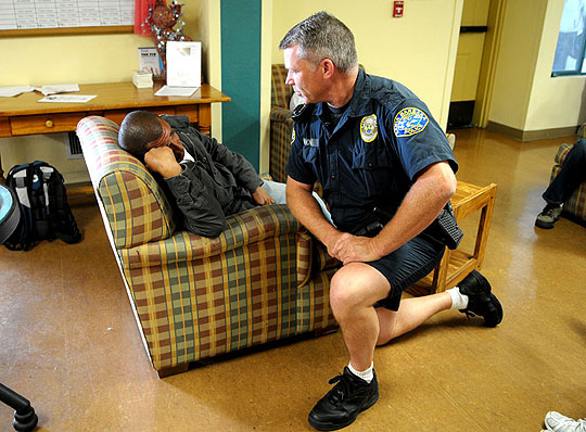 <p>Santa Barbara police Tactical Officer Keld Hove talks with a homeless man at Casa Esperanza. Hove has been assigned to practice &#8220;restorative policing,&#8221; which allows him to check in on Santa Barbara&#8217;s homeless while working in collaboration with mental health services, drug and alcohol abuse programs, housing and other service groups.</p>