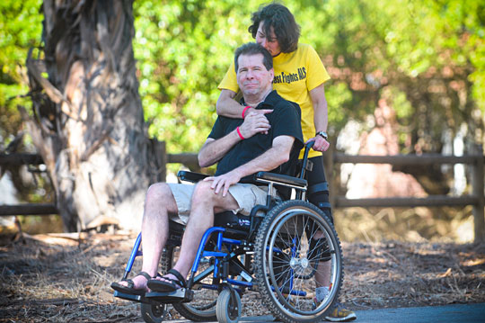 <p>Fran and Hal Finney still go on the runs they&#8217;ve always shared together, even though Hal&#8217;s diagnosis of ALS has made the exercise more of a challenge. For the second year in a row, the couple will be part of a team competing in next month&#8217;s Select Staffing Santa Barbara International Marathon/Half-Marathon.</p>