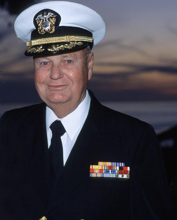 In 1978, Kallman retired with the rank of captain in the Naval Reserve after serving as commanding officer of the Naval Training Center in the Santa Barbara Harbor.