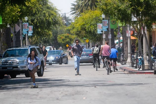 With an estimated 23,000 mostly young residents crammed into a one-square-mile community, Isla Vista has long posed a particular challenge for law enforcement. (Lara Cooper / Noozhawk photo)