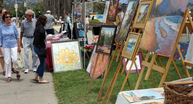 Just browsing, but I'll know the art I want when I see it. (Gina Potthoff / Noozhawk photo)