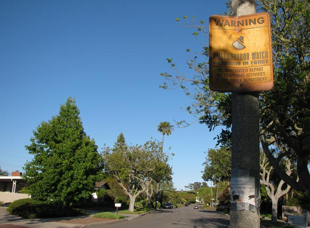 Santa Barbara's Mesa and Westside neighborhoods have experienced a rash of recent residential burglaries. Although many streets are adorned with neighborhood watch signs, like the Alta Mesa area shown here, there were 14 daytime burglaries in May. (Giana Magnoli / Noozhawk photo)