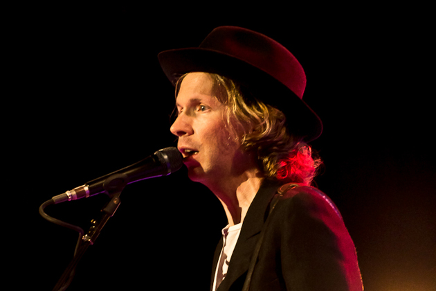 Beck brought his first tour in four years to the Santa Barbara Bowl last week. (Garrett Geyer / Noozhawk photo)