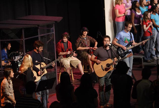 Westmont College's Chapel Band and the Gospel Choir join forces for a campus worship service. (Brad Elliott photo / Westmont College)