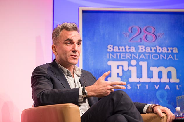 Actor Daniel Day-Lewis talks shop at the 28th annual Santa Barbara International Film Festival on Saturday at the Arlington Theatre. (Garrett Geyer / Noozhawk photo)