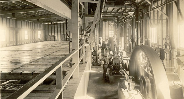 An image of a Puritan Ice plant interior circa 1925. It could be Santa Barbara or Guadalupe.
