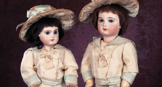 Huguette Clark was said to covet dolls by Emile Jumeau, including this pair she purchased in 2007 when she was 100. (Theriault's photo)