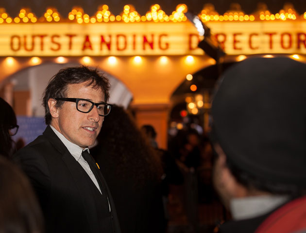 David O. Russell, director of 'American Hustle,' talks with fans outside the Arlington Theatre. (Fritz Olenberger photo / www.olenberger.com)
