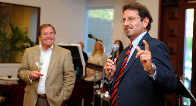 Noozhawk founder and publisher Bill Macfadyen outlines some of the news site's new initiatives, giving The Bank of Santa Barbara CEO Eloy Ortega a reason to smile.