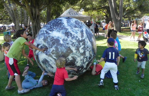 <p>Kids had the world on a roll Saturday at Santa Barbara&#8217;s 42nd annual Earth Day Festival at Alameda Park. <a href=