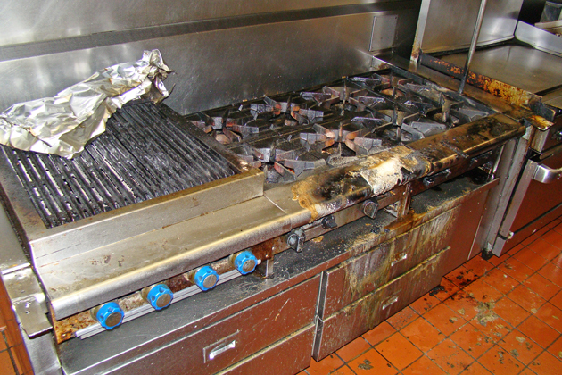 The Carlitos Café y Cantina restaurant had minor damage after an early morning grease fire in the kitchen, the Santa Barbara City Fire Department said.