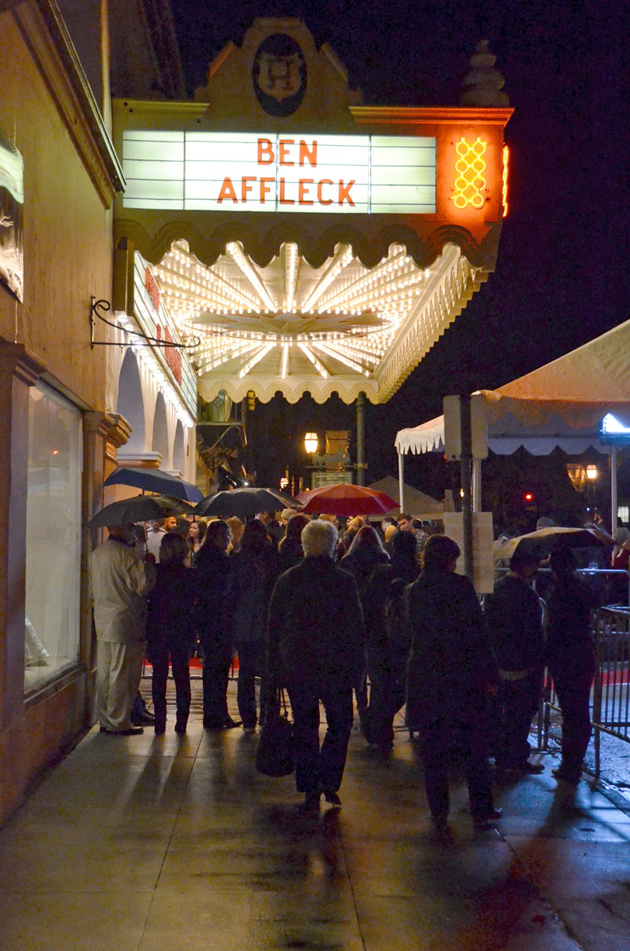 Crowds jam the sidewalk outside the Arlington Theater.