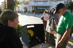 The Santa Barbara Astronomical Unit provided equipment to safely view Sunday's deep partial eclipse. (Tom Bolton / Noozhawk photo)