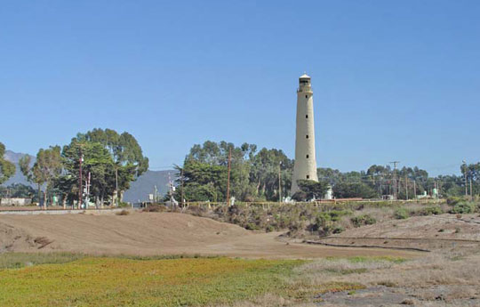 Venoco Inc.'s plans for an extended-reach operation into the Santa Barbara Channel include a lighthouse-style structure, like this photo illustration, to disguise its drilling equipment.