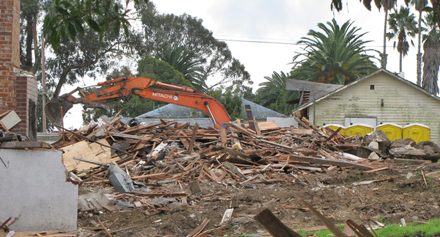 Heavy equipment digs into the demolition of buildings at the former Miramar Hotel in Montecito, to make room for a new 186-room hotel. (Giana Magnoli / Noozhawk photo)
