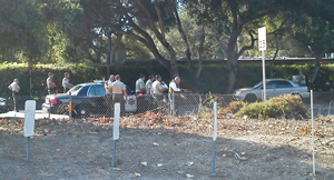 Sheriff's deputies attempt to negotiate with a man who was threatening to kill himself Wednesday in Montecito. (Ryan Carmel / KEYT photo)