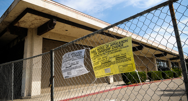 The former Scolari's supermarket at 222 N. Milpas St. in Santa Barbara looks kind of sad right now, but plans are in the works for a Fresh Market to occupy much of the space by sometime next year. (Lara Cooper / Noozhawk photo)