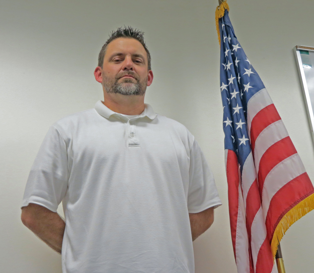 U.S. Army veteran Bill Roberts has been hired as the Santa Maria Veterans Treatment Court's lone probation officer, a position the program was able to add because of a $350,000 federal grant. (Gina Potthoff / Noozhawk photo)
