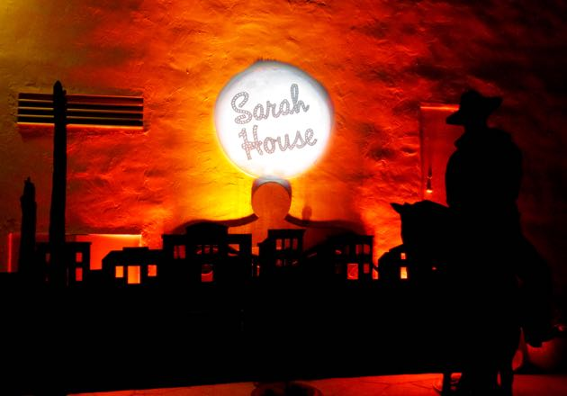 A light sculpture welcomed guests to the Sarah House Light Up the Western Sky event.