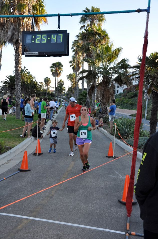 Run Santa Barbara's weekly Nite Moves is fun for the whole family at Leadbetter Beach.