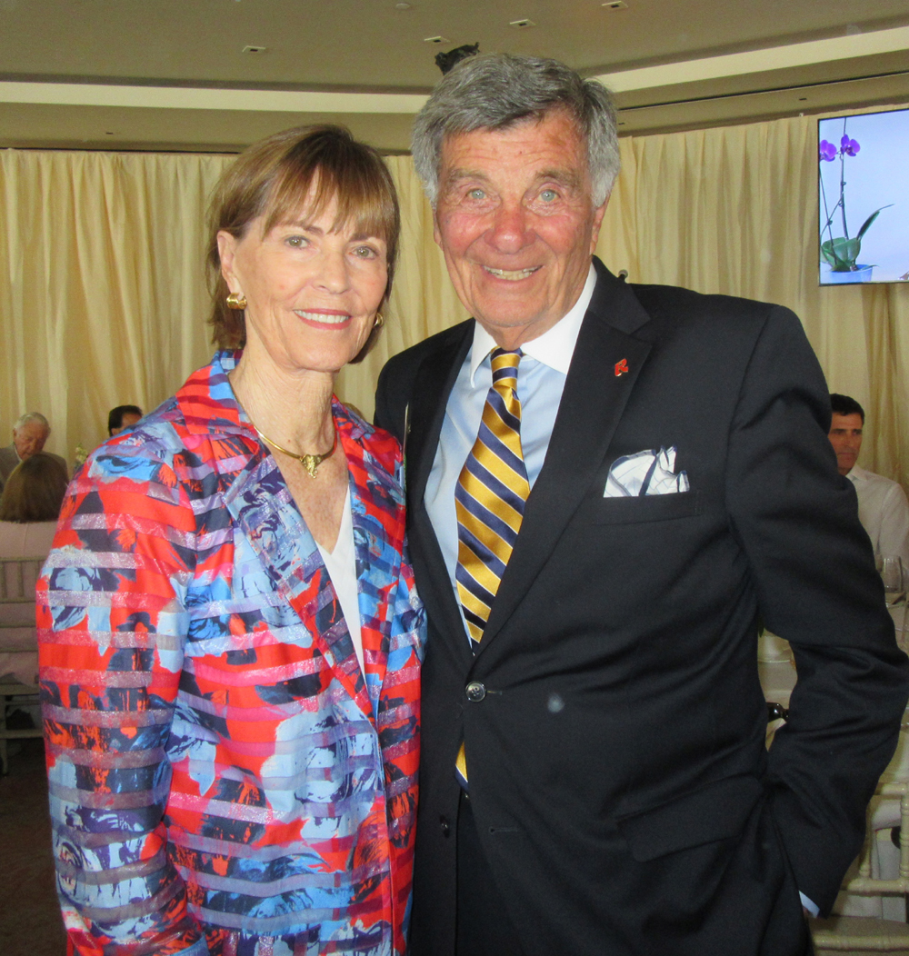 Visiting Nurse & Hospice Care Mother's Day Luncheon Honors