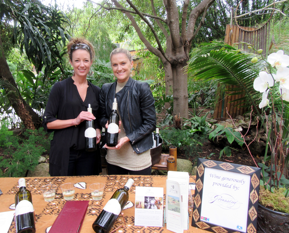 Jessica Bararkell and Lauren Dinger of Grassini Wines provide wine for attendees.