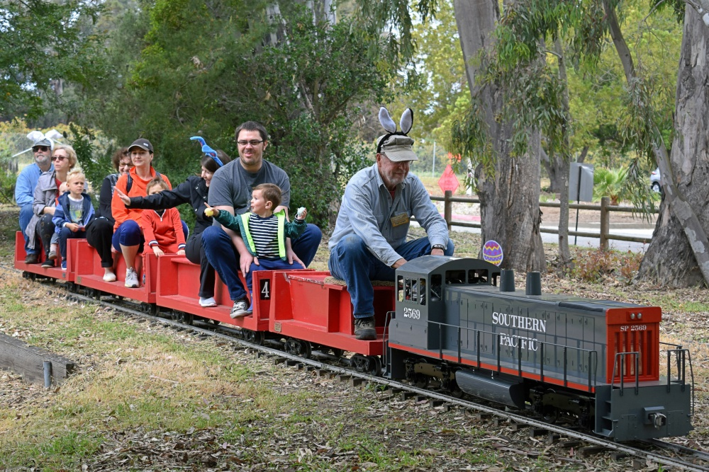 Crowds Hop Aboard the Goleta Bunny Express at South Coast