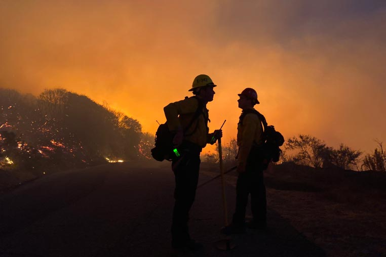 Cave Fire In Santa Barbara: 3000 Acres Burned; Containment At 0%