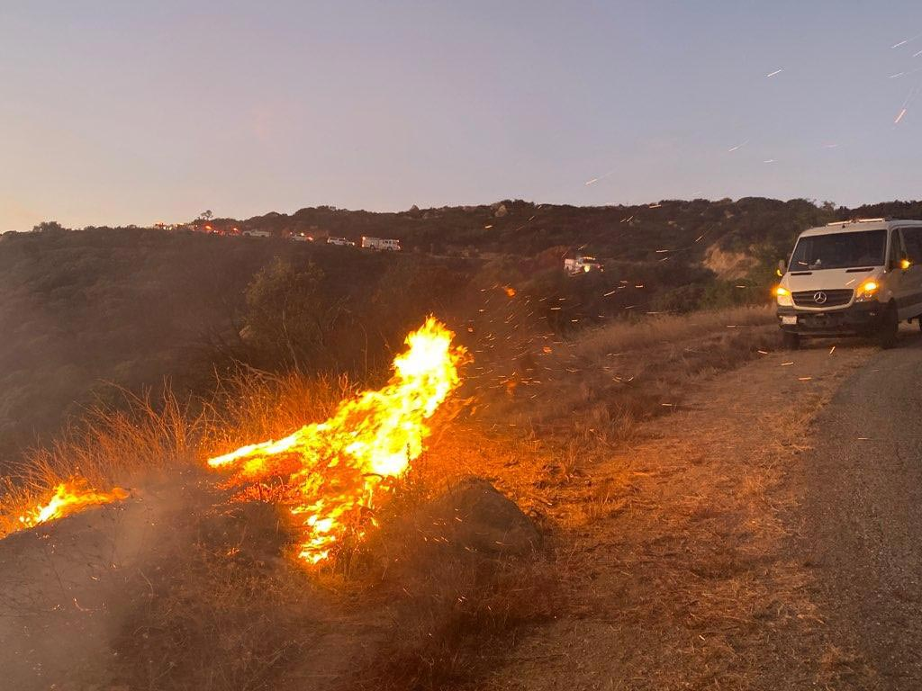 Thousands told to evacuate as wildfire grows in California
